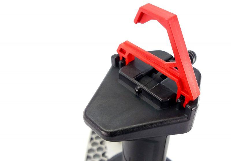 stkr trilight shoplight hook 1 1 scaled